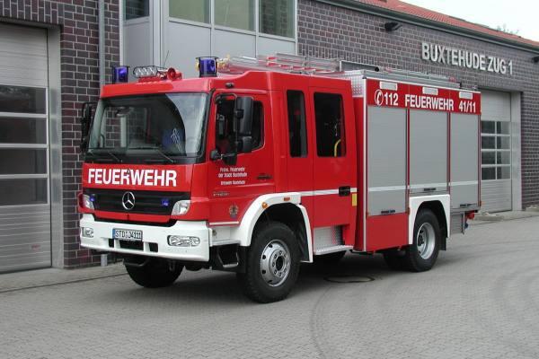 https://www.feuerwehr-buxtehude.de/media/img/bilder_ow_bu1/bilder_bu1_fa/hlf/4111a.jpg