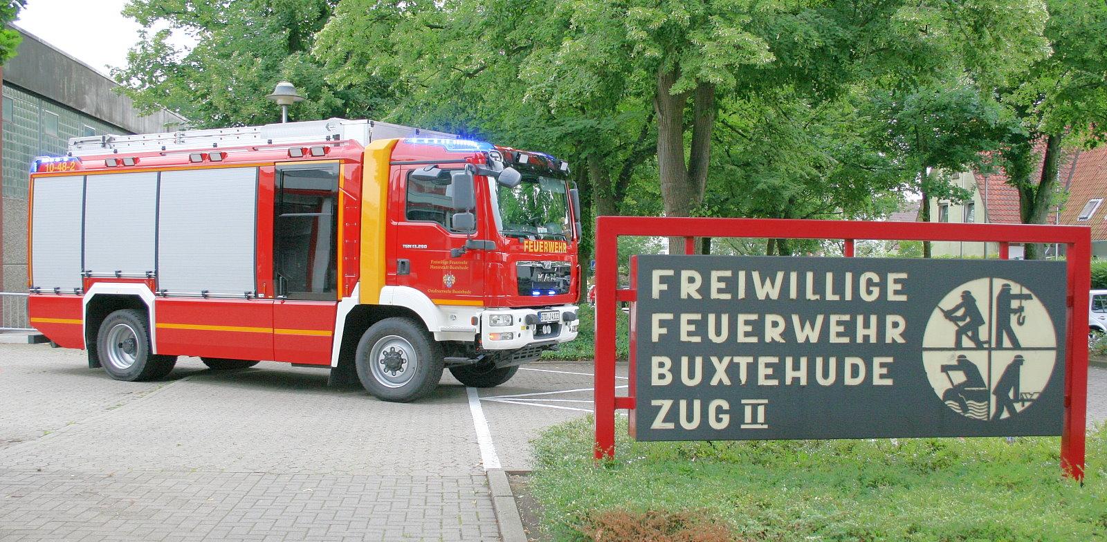 https://www.feuerwehr-buxtehude.de/media/img/bilder_ow_bu2/bilder_bu2_fa/hlf/005.JPG