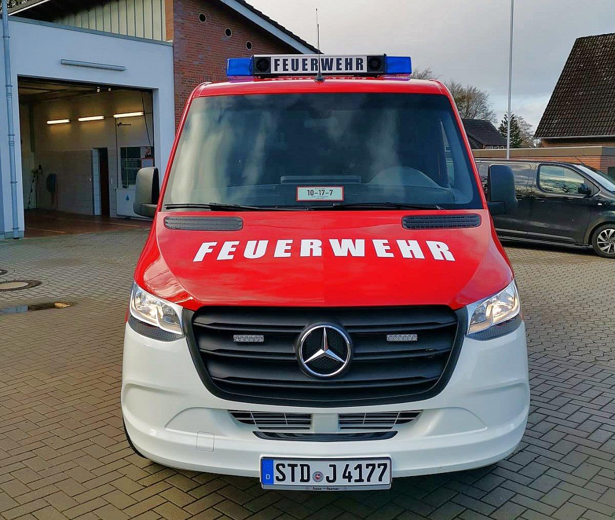 https://www.feuerwehr-buxtehude.de/media/img/bilder_ow_nkl/bilder_nkl_fa/mtf/4177g.jpg