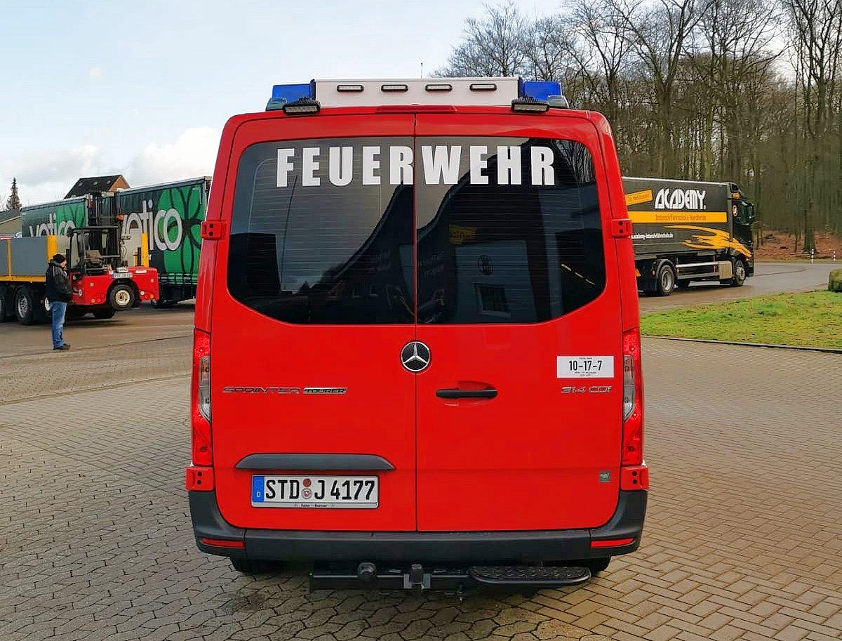 https://www.feuerwehr-buxtehude.de/media/img/bilder_ow_nkl/bilder_nkl_fa/mtf/4177h.jpg